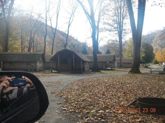 Cherokee / Great Smokies KOA: Primitive cabins