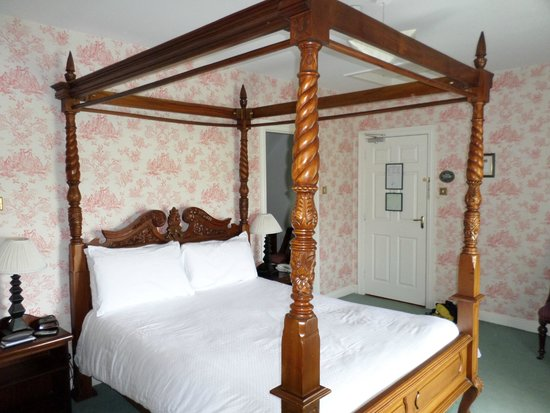 Carrygerry Country House: Bed