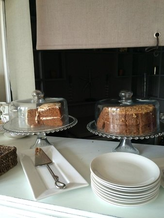 Headland House: Complimentary Cake of the Day