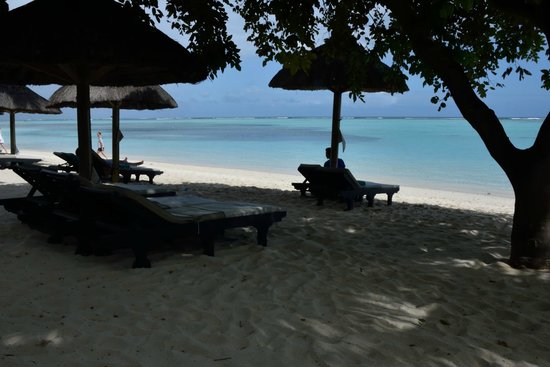 Beachcomber Paradis Hotel & Golf Club: View from the beach
