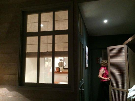 Royal Emeraude Dinard - MGallery Collection : уютная ванна