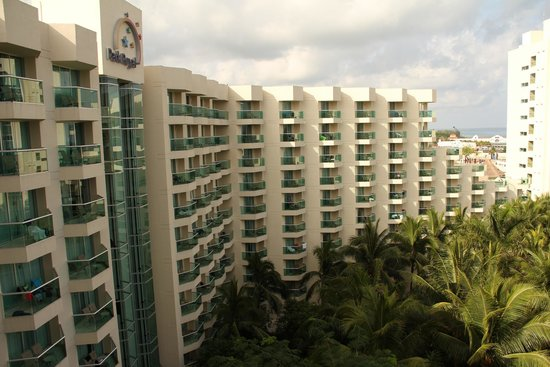 Grand Park Royal Cozumel: Hotel from balcony