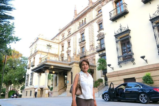 Hotel Alfonso XIII, A Luxury Collection Hotel, Seville : exterior