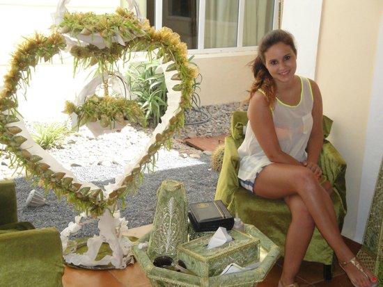 """Be Live Collection Saidia : Local para fazer pintura de """"hena"""""""