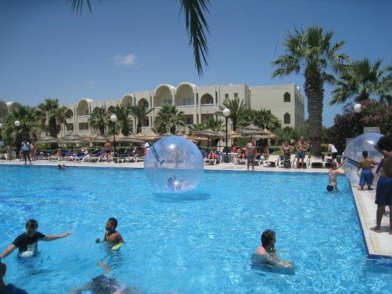Iberostar Mehari Djerba : Jeux de Boule d'air pour les enfants