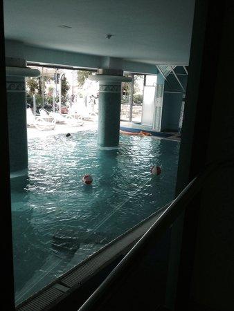 Hotel Nettuno: Piscina coperta, riscaldata e idromassaggio