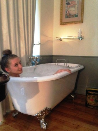 The NoMad Hotel: Claw foot Tubs are delicious!