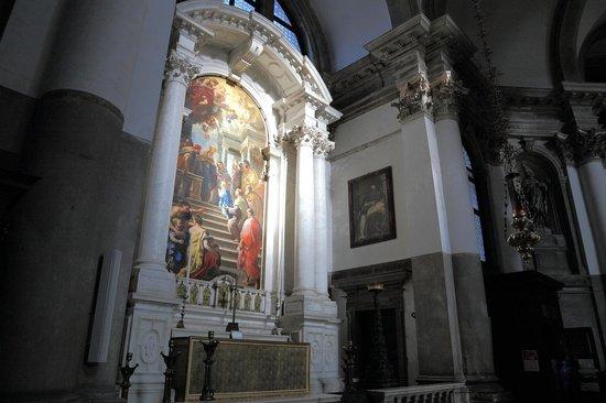 Basilica di Santa Maria della Salute: 礼拝堂