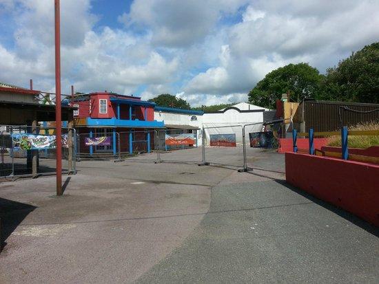 """Oakwood Theme Park : """"New for Summer 2014"""" - um, no"""