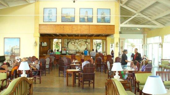 Blau Marina Varadero Resort: Bar du lobby