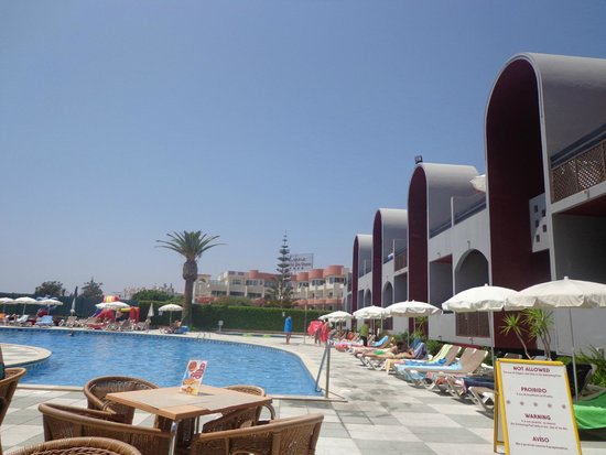 Muthu Oura Praia Hotel : pool view