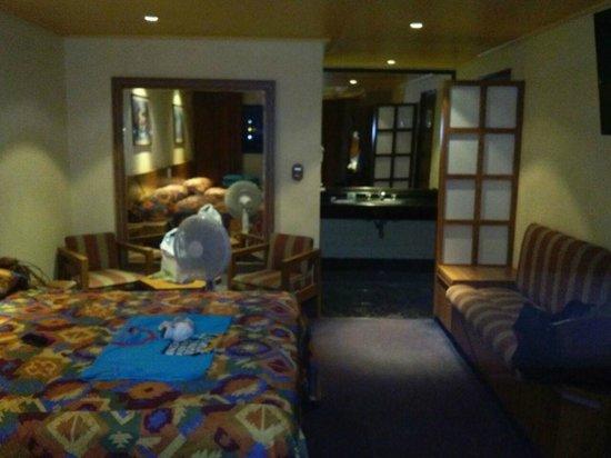 Hotel Fornos: Habitación doble... espaciosa