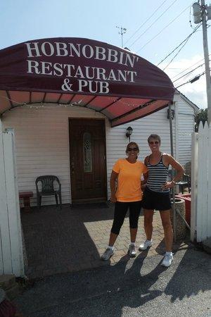 Hobnobbin' Pub