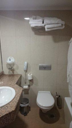smartline Cosmopolitan : salle de bain et toilettes