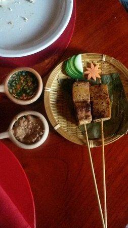 Lotus Neo Thai: tofu
