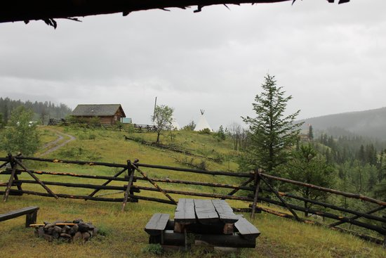 Big Bar Guest Ranch: The  view from our Cabin
