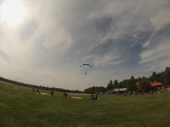 Skydive New England, LLC: Welcome to your new addiction