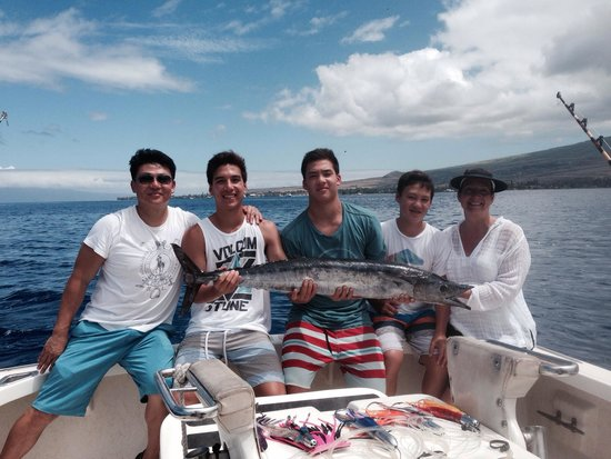 Finest Kind Sportfishing : Lee family with 26 lb Ono