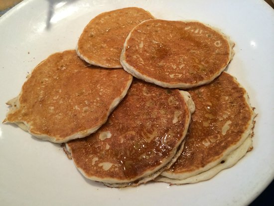 Wildberry Pancakes and Cafe : Honey Cakes (Gluten Free pancakes drizzled with Honey)