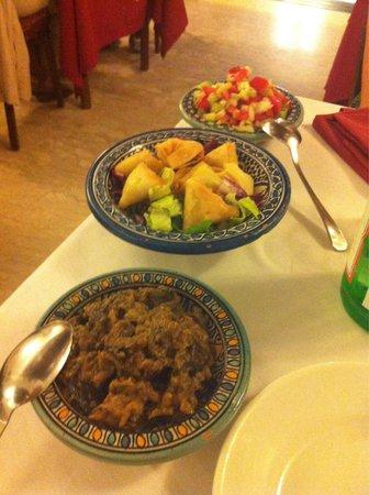 Il Grillo Brillo: Antipasto del menù marocchino!! In particolare le melanzane sono favolose e fagottini molto sfiz