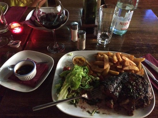 Meet Argentinian Steak House: Carne tenera e vino ottimo
