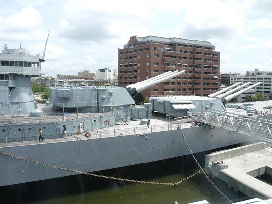 Nauticus: Battleship Wisconsin