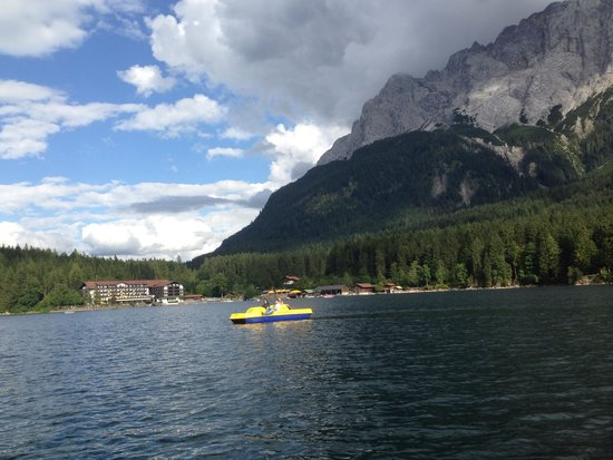 Eibsee: Lake rented boat
