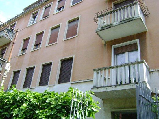 Hotel Santa Lucia: Facade