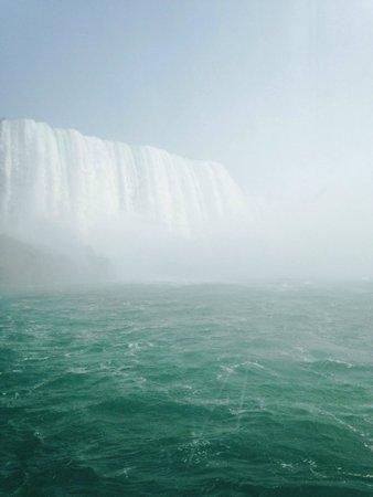 Maid of the Mist: Niagara Falls Horseshoe