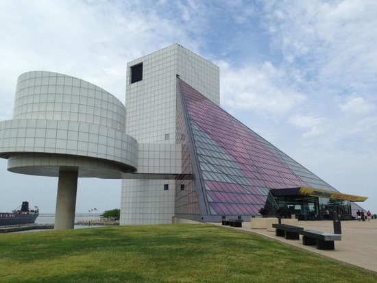 cool architecture picture of rock roll hall of fame cleveland