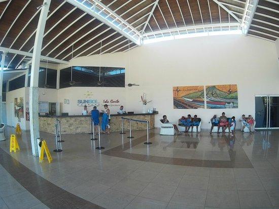 SUNSOL Isla Caribe: Lobby