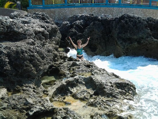 Negril Escape Resort & Spa: Кораллы и морская пена