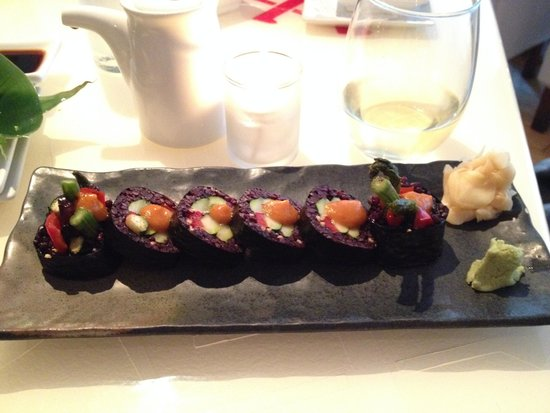 SEI Restaurant: roasted veggie roll