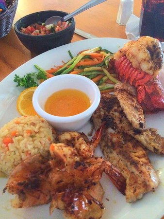 Cabo Cantina : Baas , Lobster and Shrimp