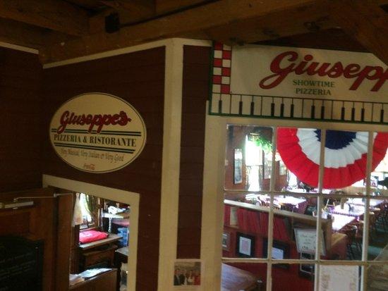 Giuseppe's Pizzeria: Giuseppi's