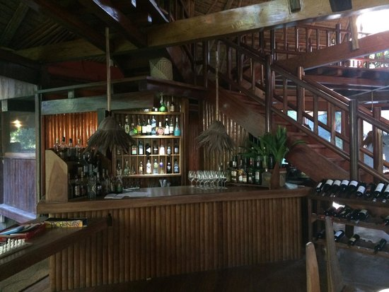 Inkaterra Reserva Amazonica: Great pisco sours from this bar cum reception cum business centre