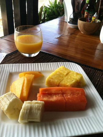 TikiVillas Rainforest Lodge & Spa: breakfast, first course