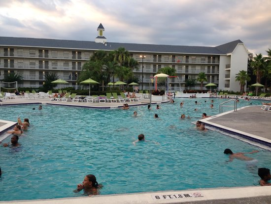 Avanti International Resort: Pool