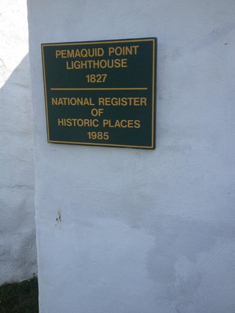 Pemaquid Point Lighthouse: Plaque about Pemaquid Lighthouse