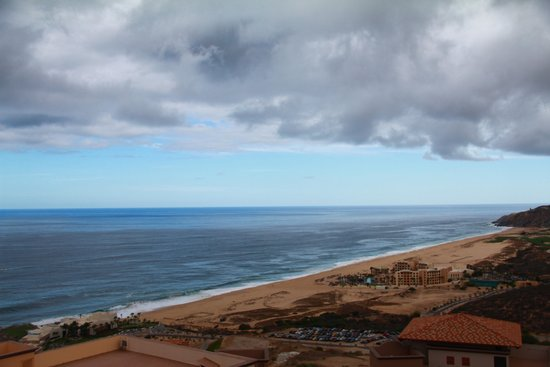 Pueblo Bonito Sunset Beach Golf & Spa Resort : From the Sky Pool
