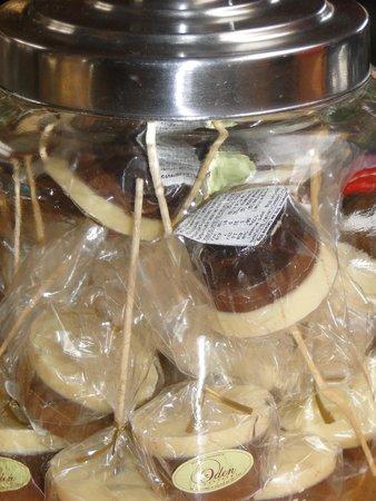 HOSTAL AMERINDIA PATAGONIA: submarino tres chocolates