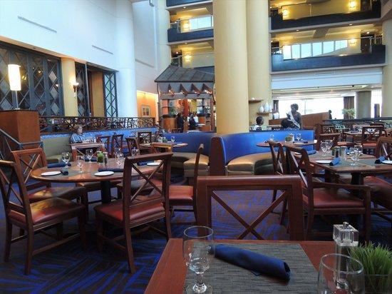 Hilton Atlanta Airport: ホテル内レストラン
