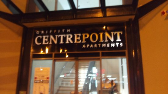 Centrepoint Apartments Griffith: これが正面玄関