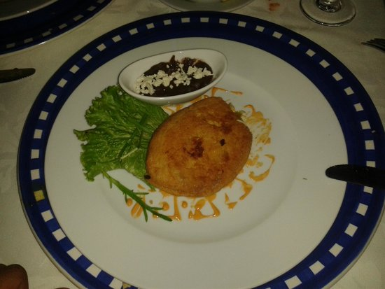 Catedral Restaurante & Bar: Egg batter fried Chiles de agua, stuffed with Oaxacan cheese, grasshoppers and epazote.