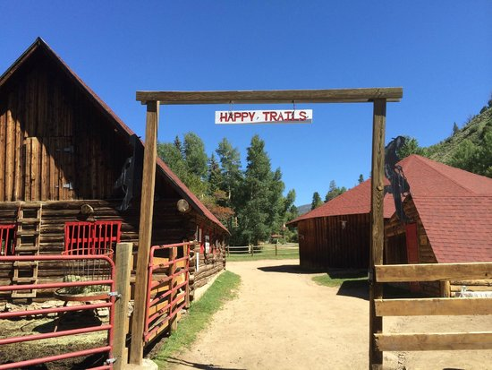 Drowsy Water Ranch: Leaving the corral