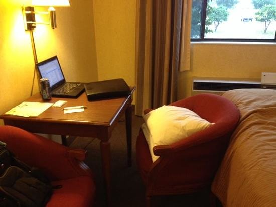 "Clarion Hotel Airport: i needed 3 pillows to reach the ""desk"". not a good business hotel"