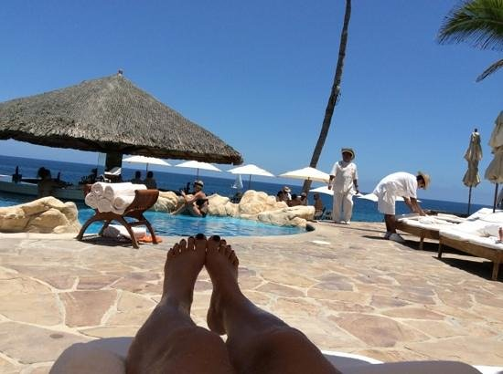 One & Only Palmilla: pool time