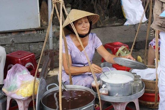 The Original Taste of Hoi An: Street Vendor
