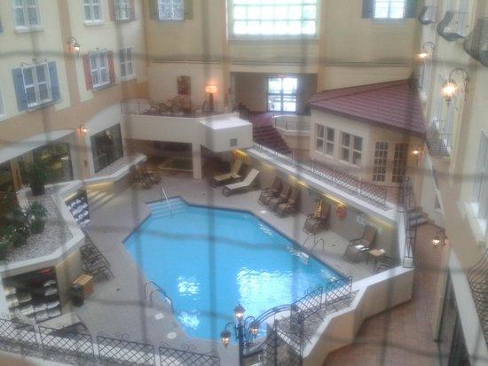 Hotel Château-Bromont: VUE DE CHAMBRE PRISON