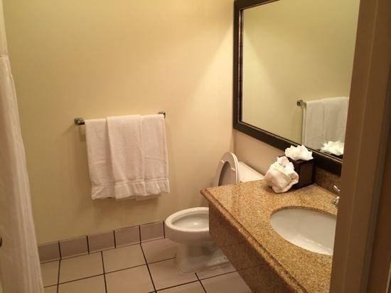 Riverhouse on the Deschutes: Bathroom